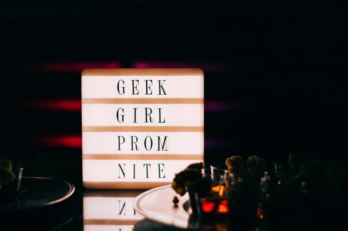 Geek Girl Brunch Miami: Stranger Things 80s Prom